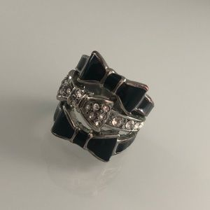 GUESS Black & Silver 3 Bow Ring